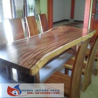 Meja Makan Trembesi Solid Furniture Jepara
